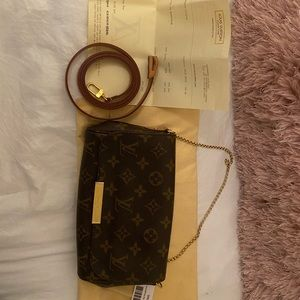 Louis Vuitton Favorite PM Monogram